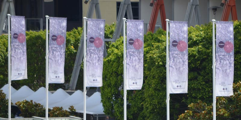 printed-pole-flags